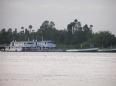+ Vận tải đường sông bằng sà lan, tàu thủy
